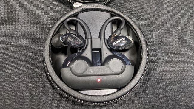 Shure เปิดตัวหูฟังรุ่นใหม่ AONIC 50 และ AONIC 215