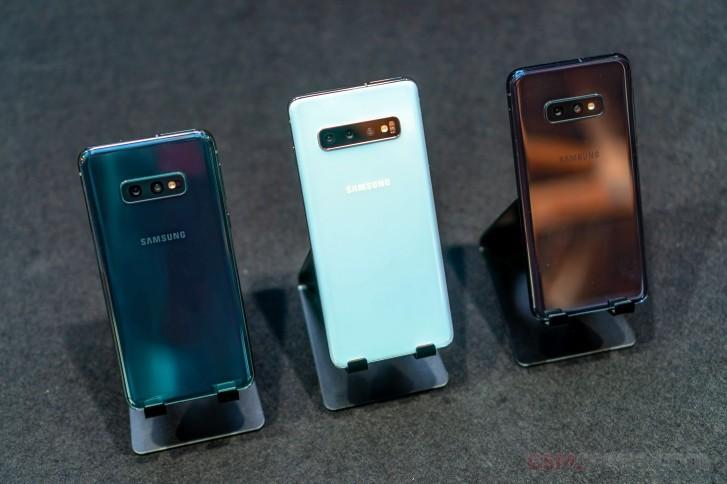 Samsung ลดราคาค่าเครื่อง